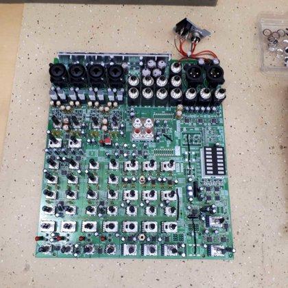YAMAHA MG10 pults remonts